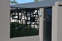 14bdfe03d21d6fac2f28310405699e4d-decorative-screens-metal-doors