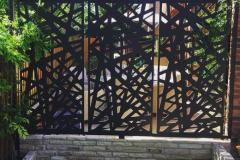 Kerplunk_Garden_Screens_Installed_grande